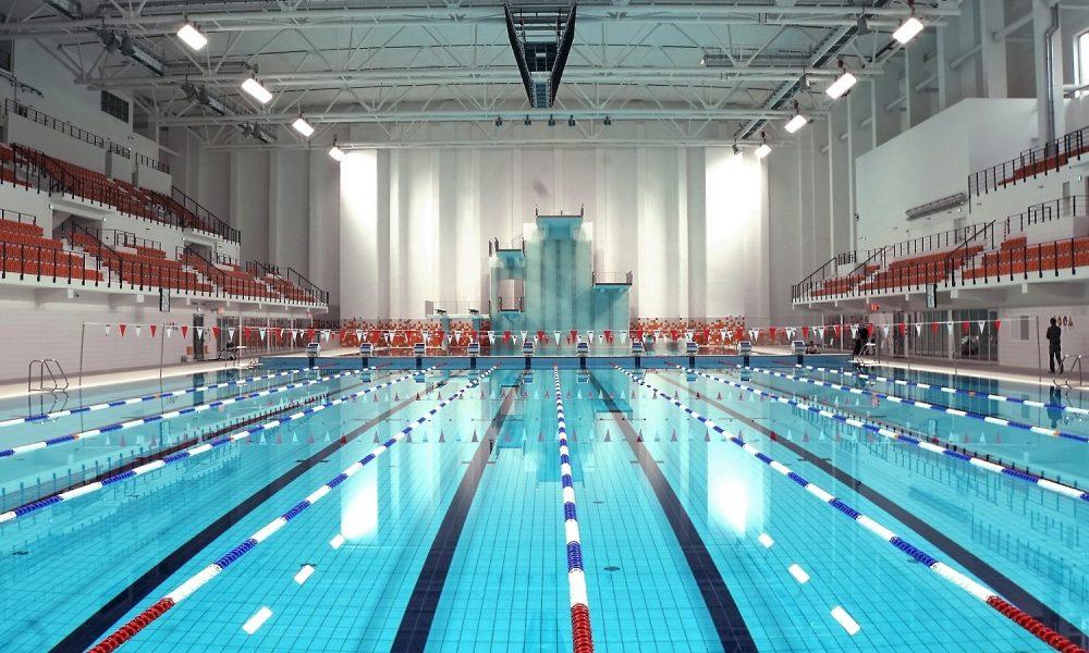 Sportspeaker zwembad
