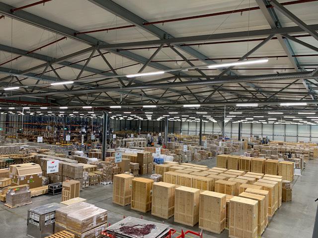 Achtergrondmuziek-fabriekshal-van-brienen-av