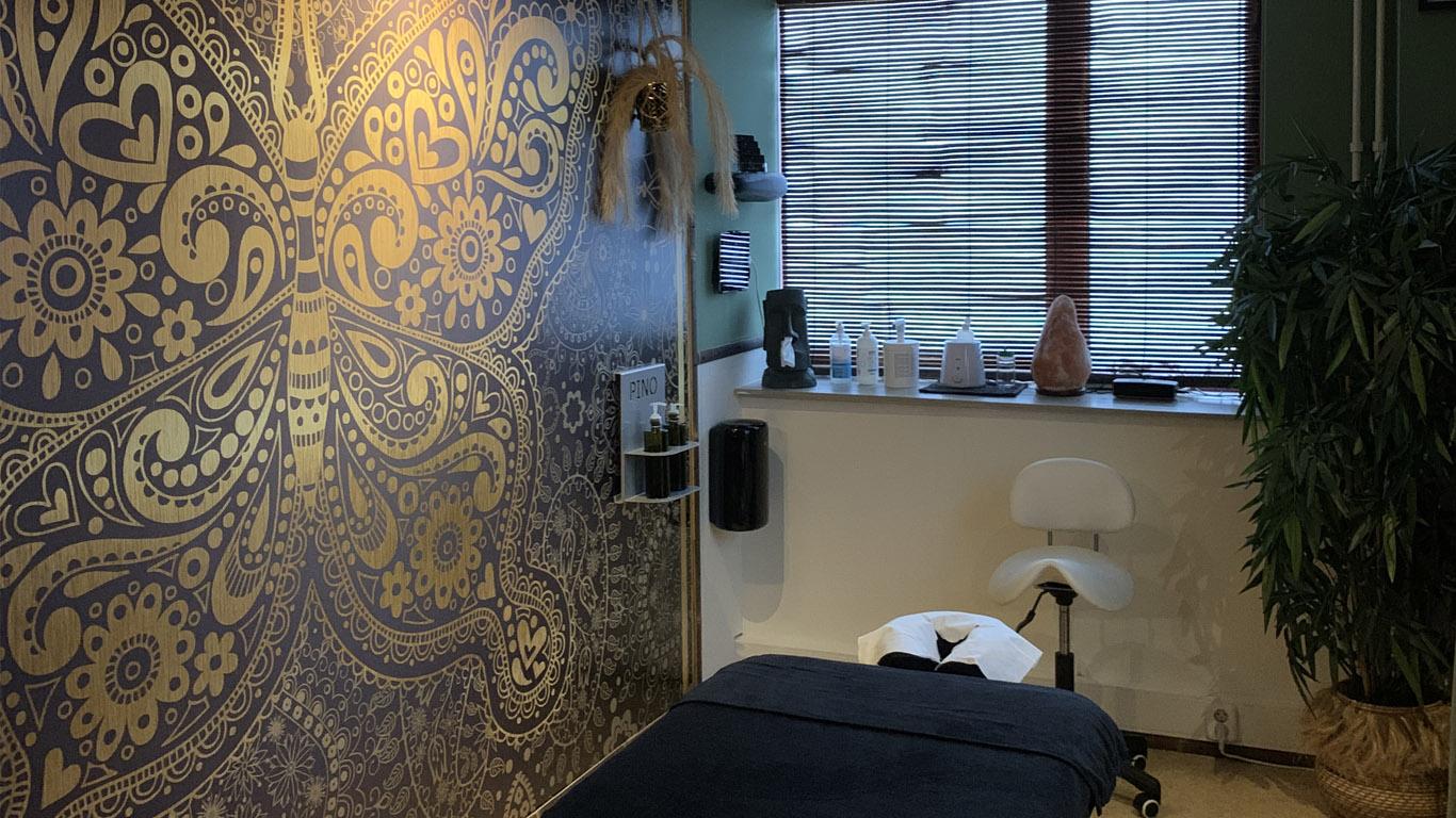 Audioinstallatie-klein-massage-vanbrienen-av